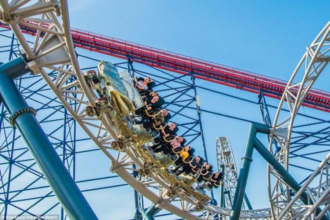 Blackpool IconA - 4C95D07400000578-5766709-image-a-63_1527163222925